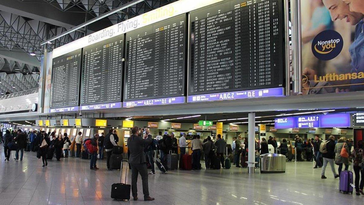 Almanya, Türkiye'ye yönelik seyahat uyarısını kaldırdı #1