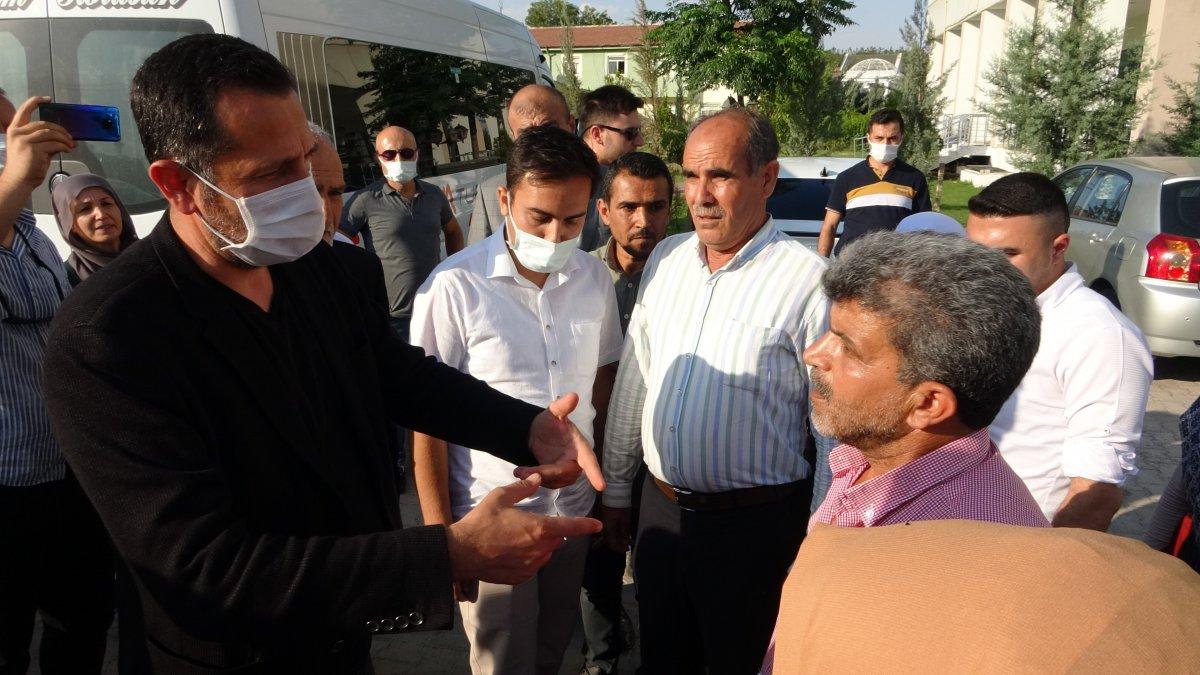 Evlat nöbeti tutan ailelerden CHP'li vekile sert tepki #1