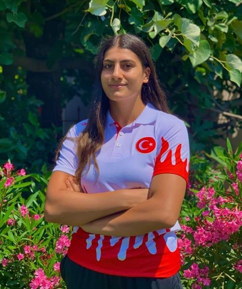 Avrupa Gençler Güreş Şampiyonası nda Melisa Sarıtaç altın madalya kazandı #1