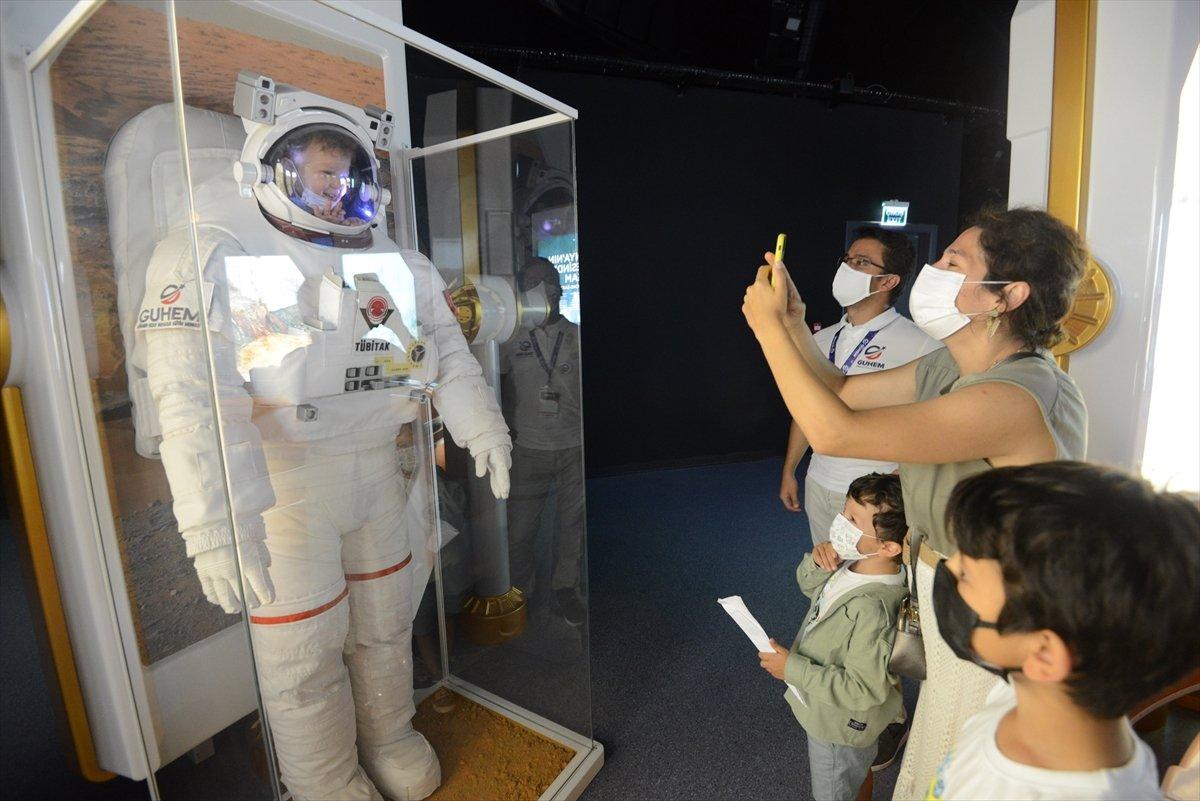 Gökmen Uzay Havacılık Eğitim Merkezi, ziyaretçilerini ağırlıyor #8