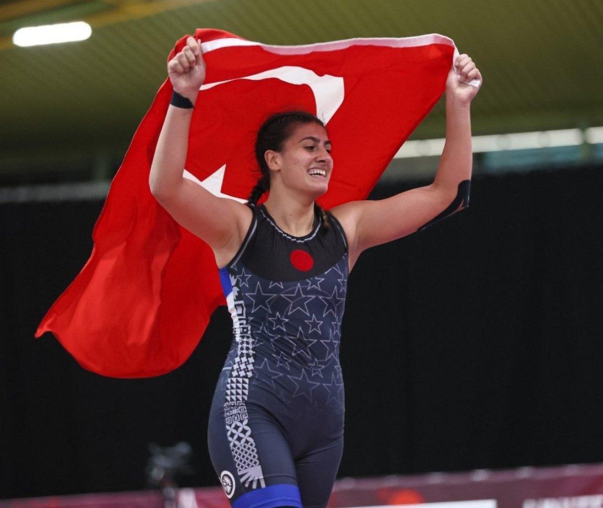 Avrupa Gençler Güreş Şampiyonası nda Melisa Sarıtaç altın madalya kazandı #2