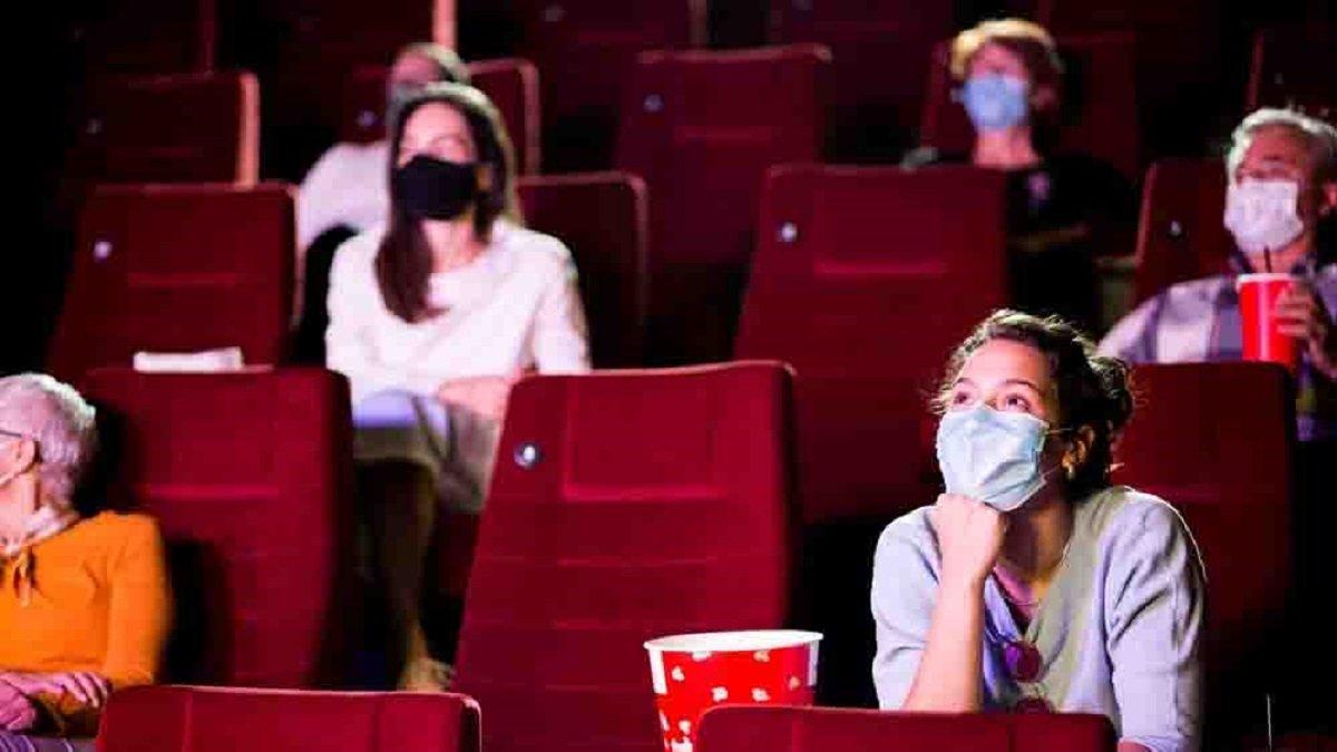Sinemalar bugün açılıyor mu, yan yana oturmak yasak mı? Tüm hazırlıklar tamamlandı.. #1