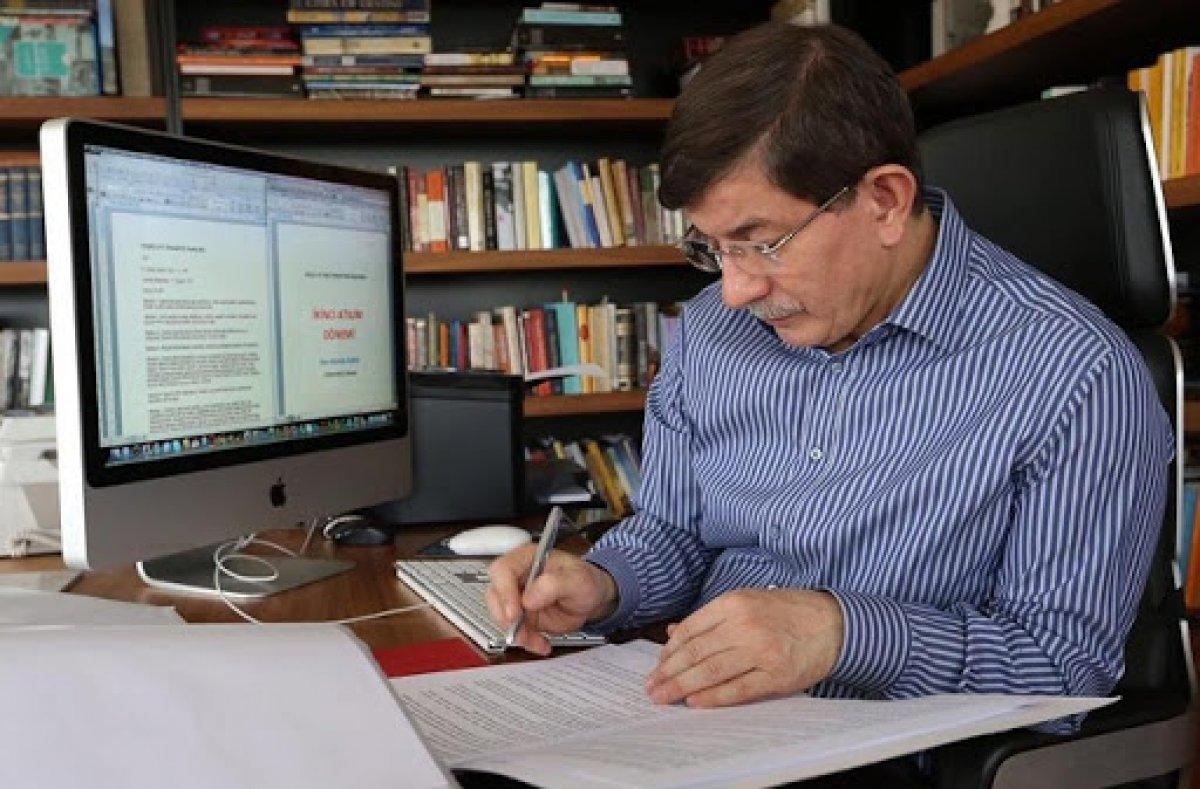Ahmet Davutoğlu anketçilere kızdı #1