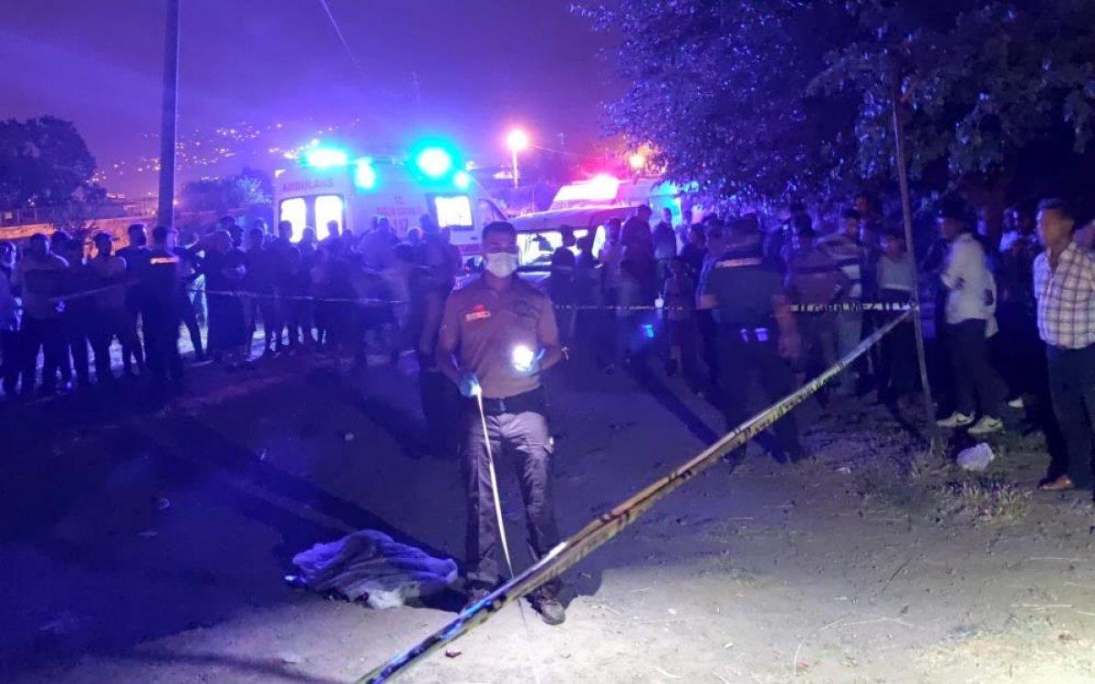 Osmaniye de, freni boşalan minibüsün altında kalan çocuk öldü #1