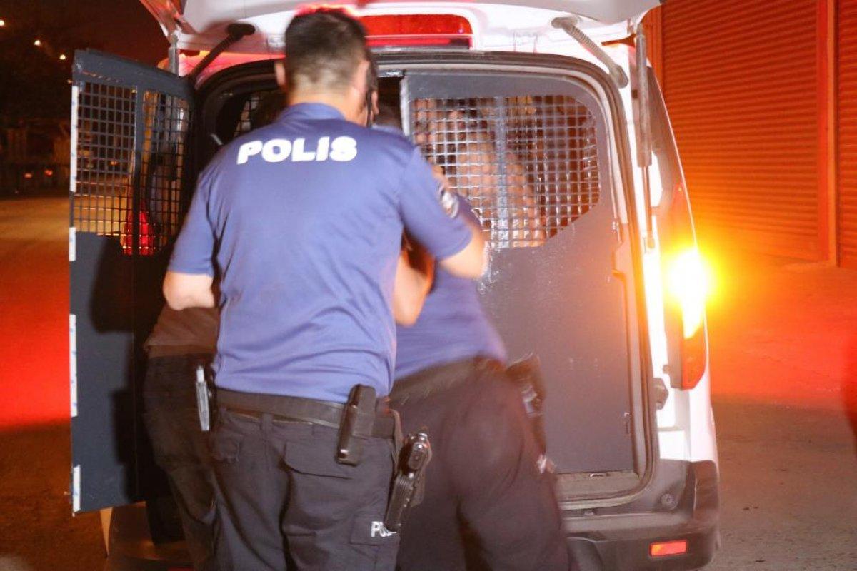 Sakarya da alkollü şahıs polislere zor anlar yaşattı #2