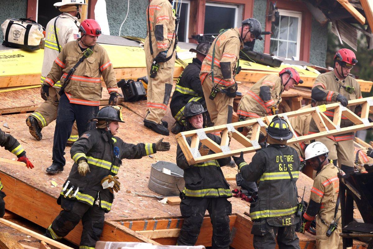ABD de inşaat halindeki bina çöktü: Çok sayıda yaralı var #2