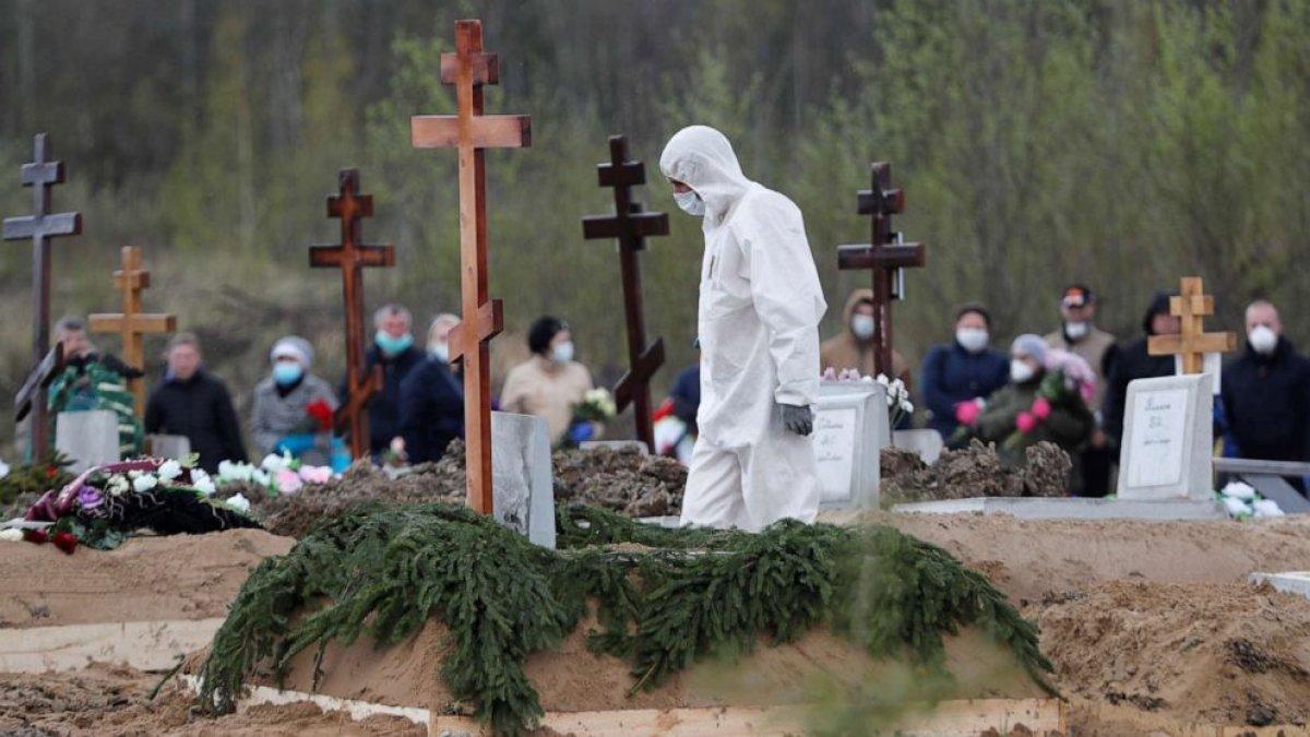 Rusya da salgının başından bu yana en yüksek günlük can kaybı #2