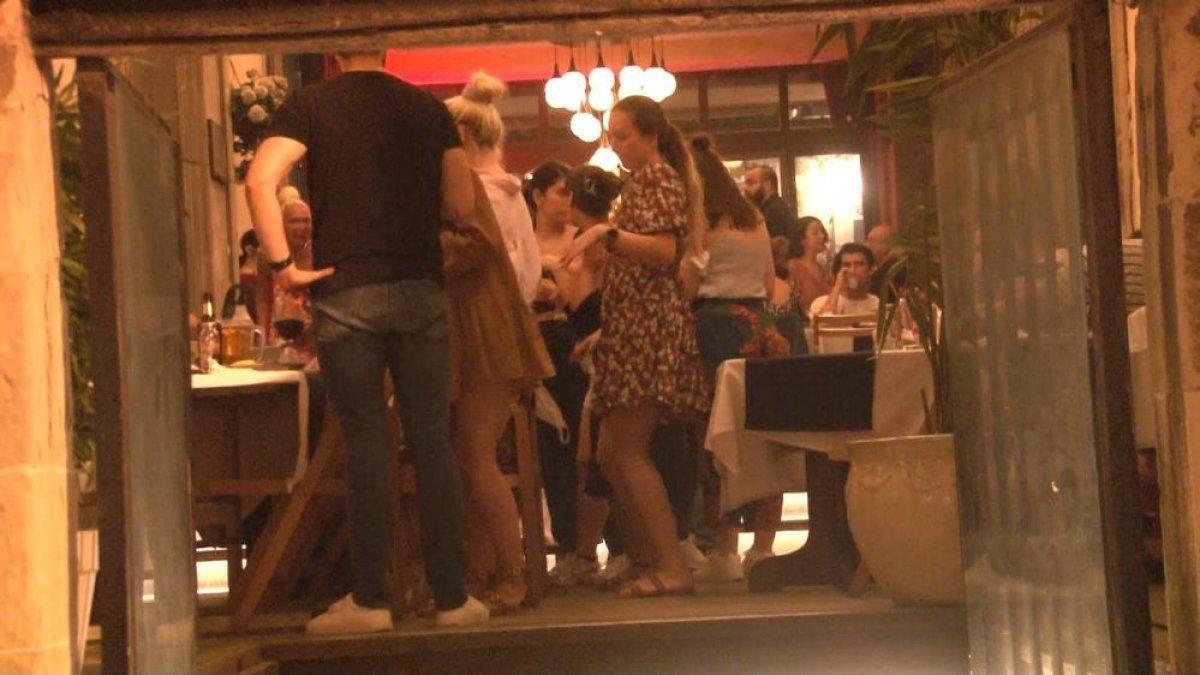 Normalleşme dönemi başladı, İstanbul da mekanlar doldu #3