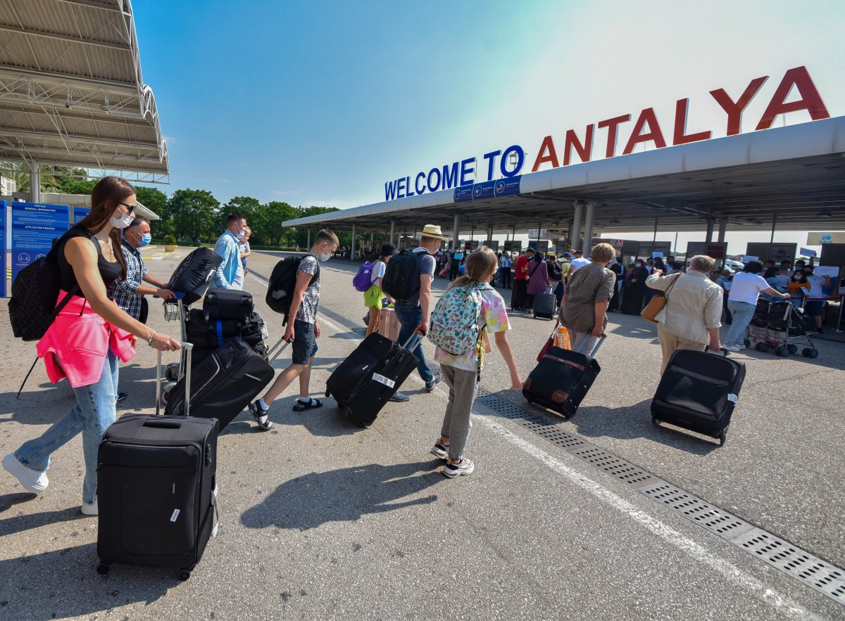Antalya, turist akınına uğruyor #1