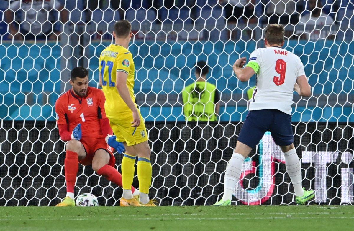 EURO 2020 de Ukrayna yı eleyen İngiltere yarı finalde #5