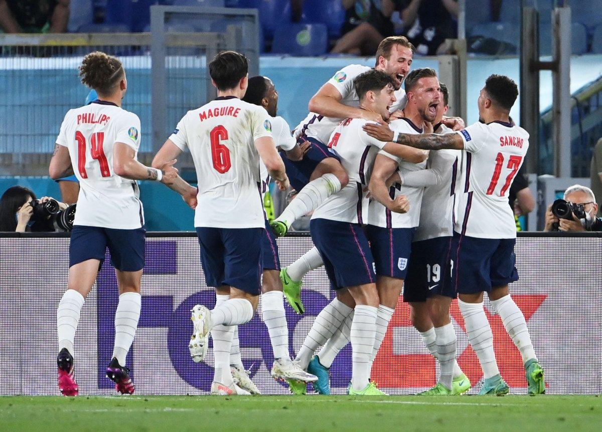 EURO 2020 de Ukrayna yı eleyen İngiltere yarı finalde #6