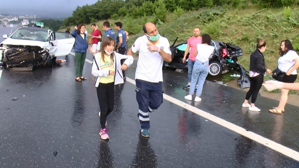 Çekmeköy de zincirleme kaza: 5 yaralı  #6
