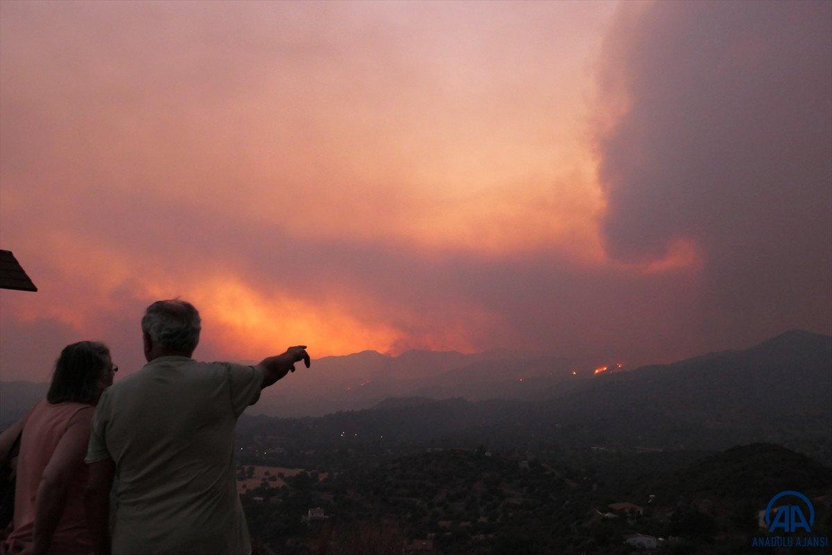 Güney Kıbrıs acil durum ilan etti #4