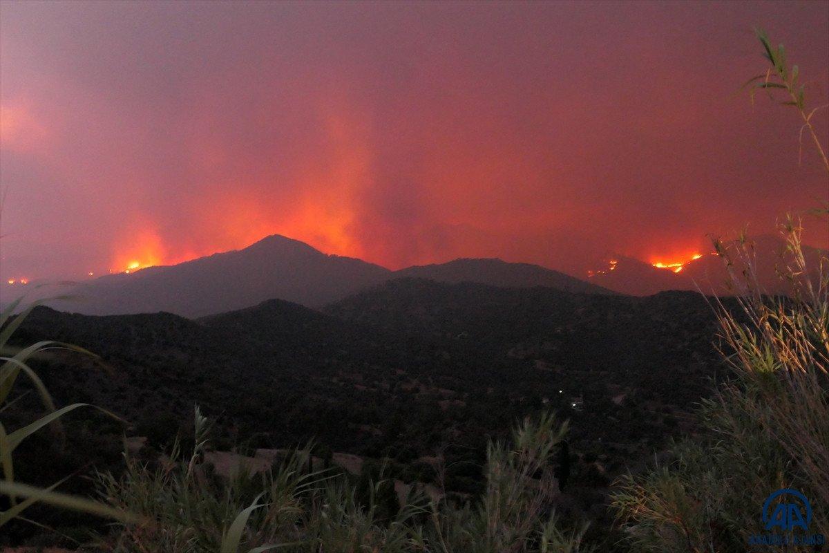 Güney Kıbrıs acil durum ilan etti #2