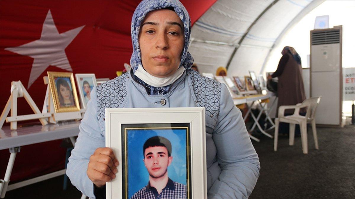 Diyarbakır annelerinden Ayten Elhaman: Doğurduğum evladımı ne hakla benden aldılar  #1