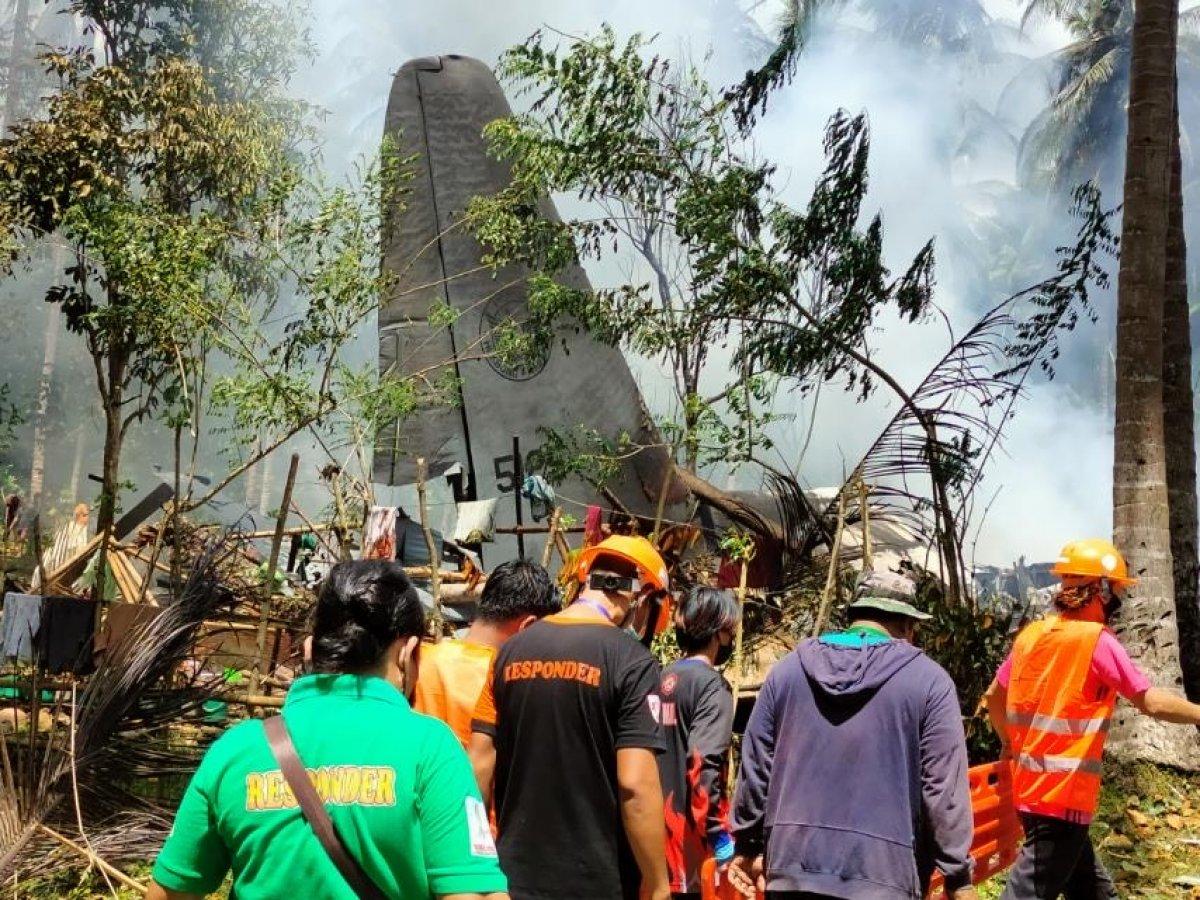 Filipinler'deki askeri uçak kazasında ölü sayısı 45'e yükseldi #4