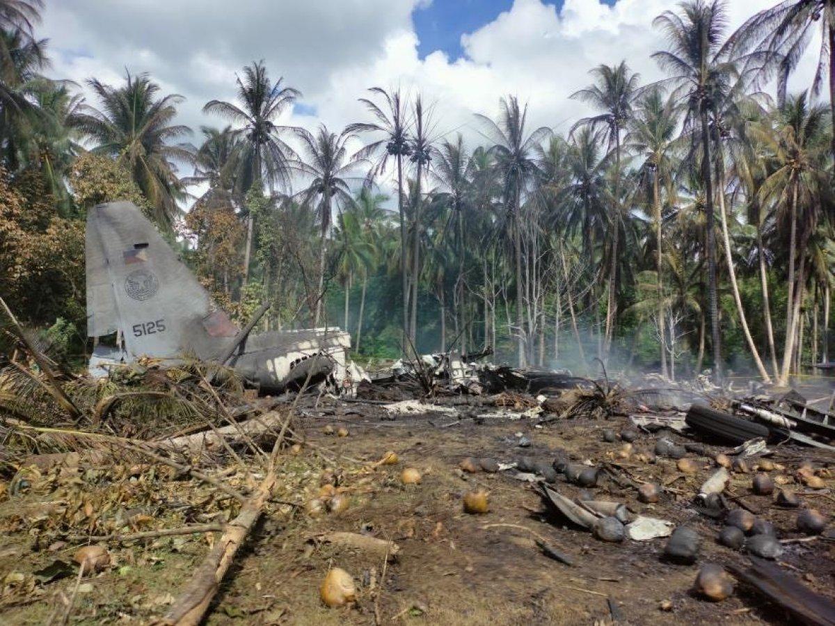 Filipinler'deki askeri uçak kazasında ölü sayısı 45'e yükseldi #3
