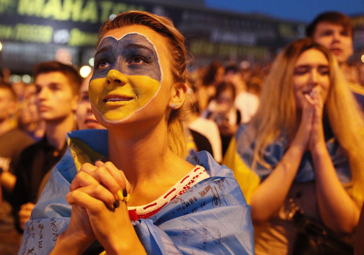 EURO 2020 de Ukrayna yı eleyen İngiltere yarı finalde #9