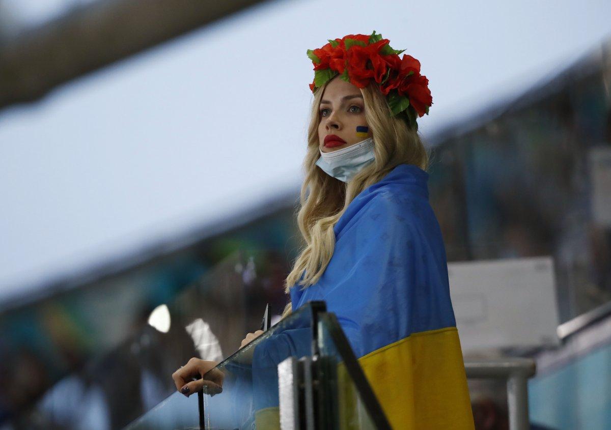 EURO 2020 de Ukrayna yı eleyen İngiltere yarı finalde #8