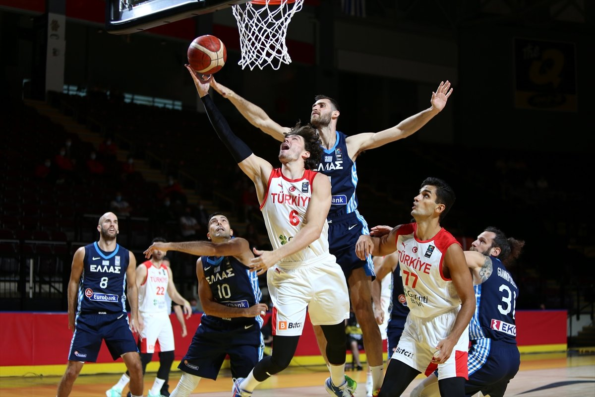 FIBA Olimpiyat Elemeleri nde Türkiye, yarı finalde Yunanistan a yenildi #6