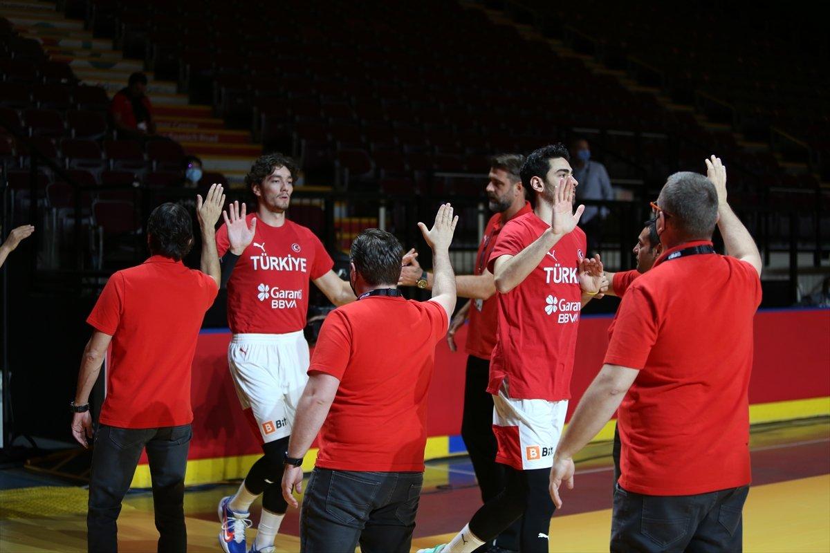 FIBA Olimpiyat Elemeleri nde Türkiye, yarı finalde Yunanistan a yenildi #2