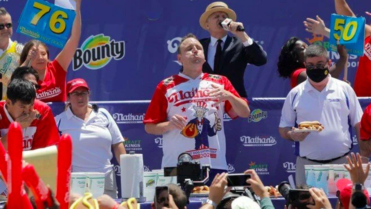 ABD de 14. kez sandviç yeme şampiyonu oldu #3