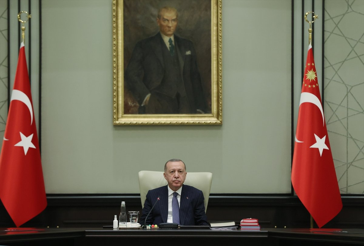 Külliye de Cumhurbaşkanlığı Kabinesi toplantısı #1