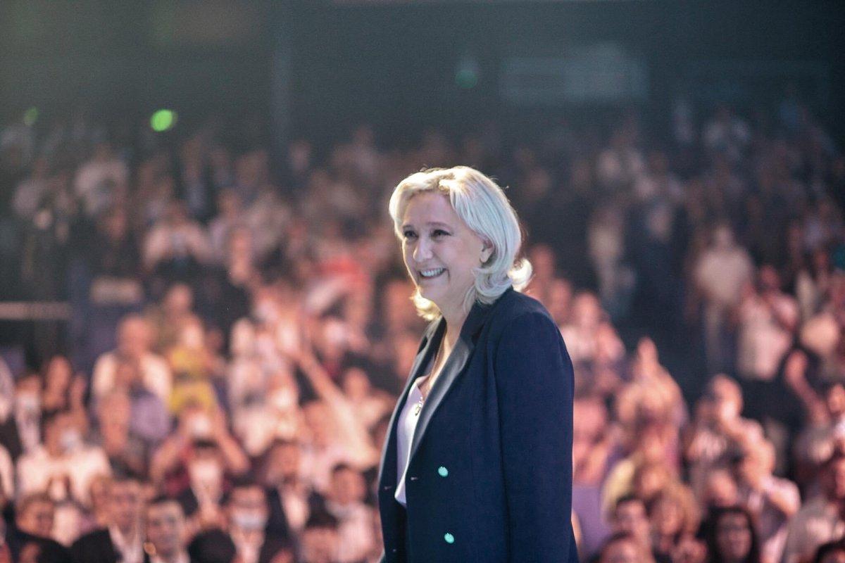 Marine Le Pen, yeniden Ulusal Birlik in liderliğine seçildi #5