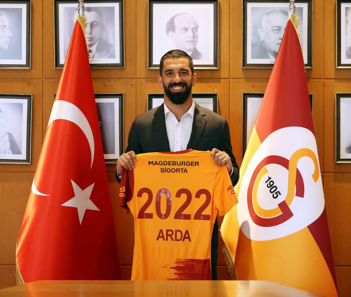 Galatasaray, Arda Turan ın sözleşmesini uzattı #2