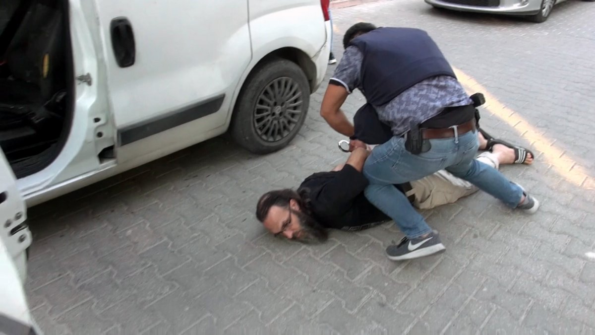 Adana da bombalı eylem hazırlığındaki DEAŞ'lı terörist yakalandı #1
