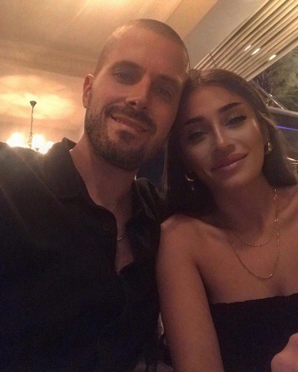 Orhan Gencebay ın oğlu Gökhan Gencebay nişanlandı #3