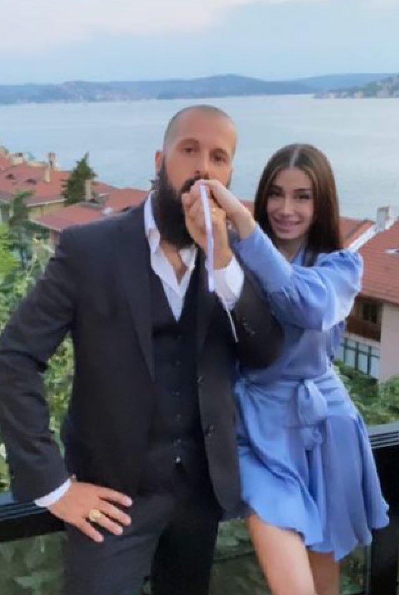 Orhan Gencebay ın oğlu Gökhan Gencebay nişanlandı #2