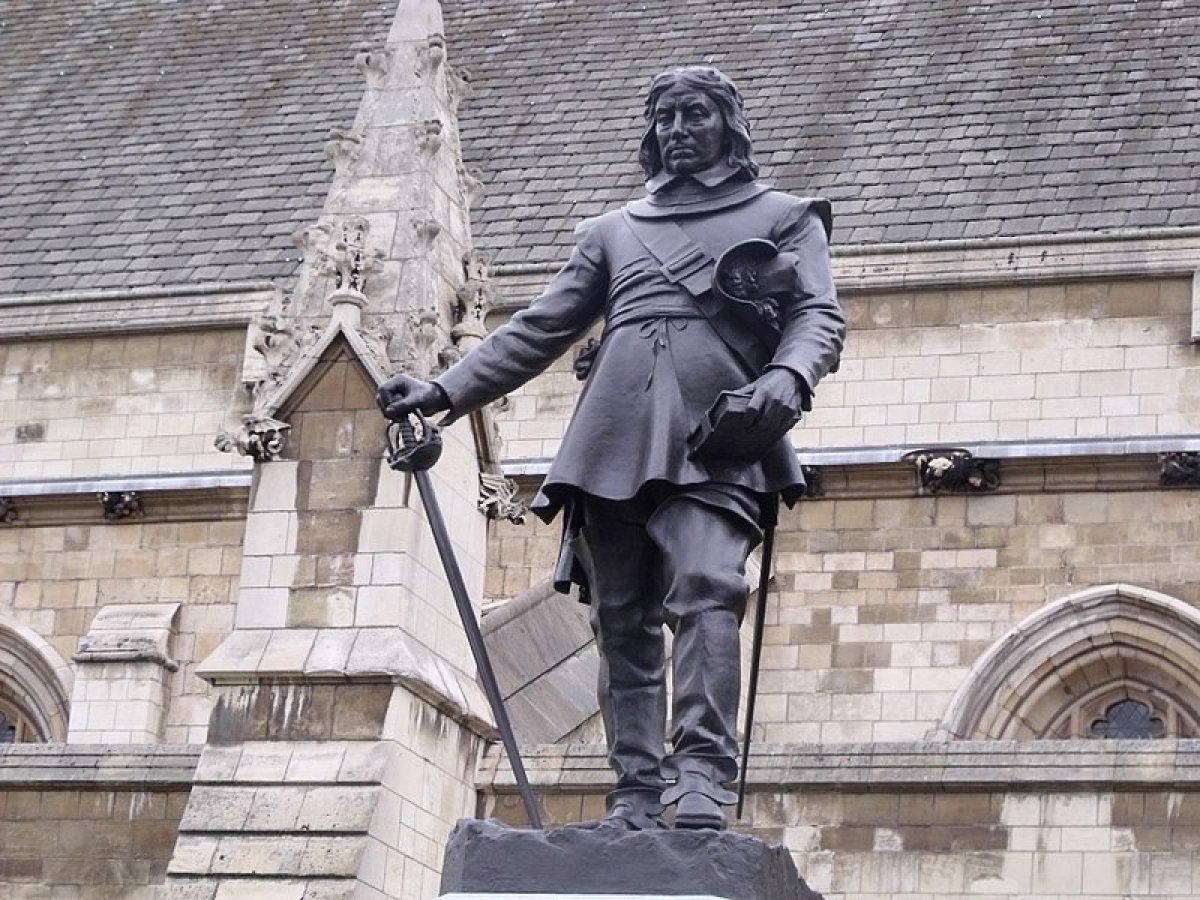 İngiltere de heykele gösterilen saygı Hz. Muhammed e gösterilmiyor tepkisi #2
