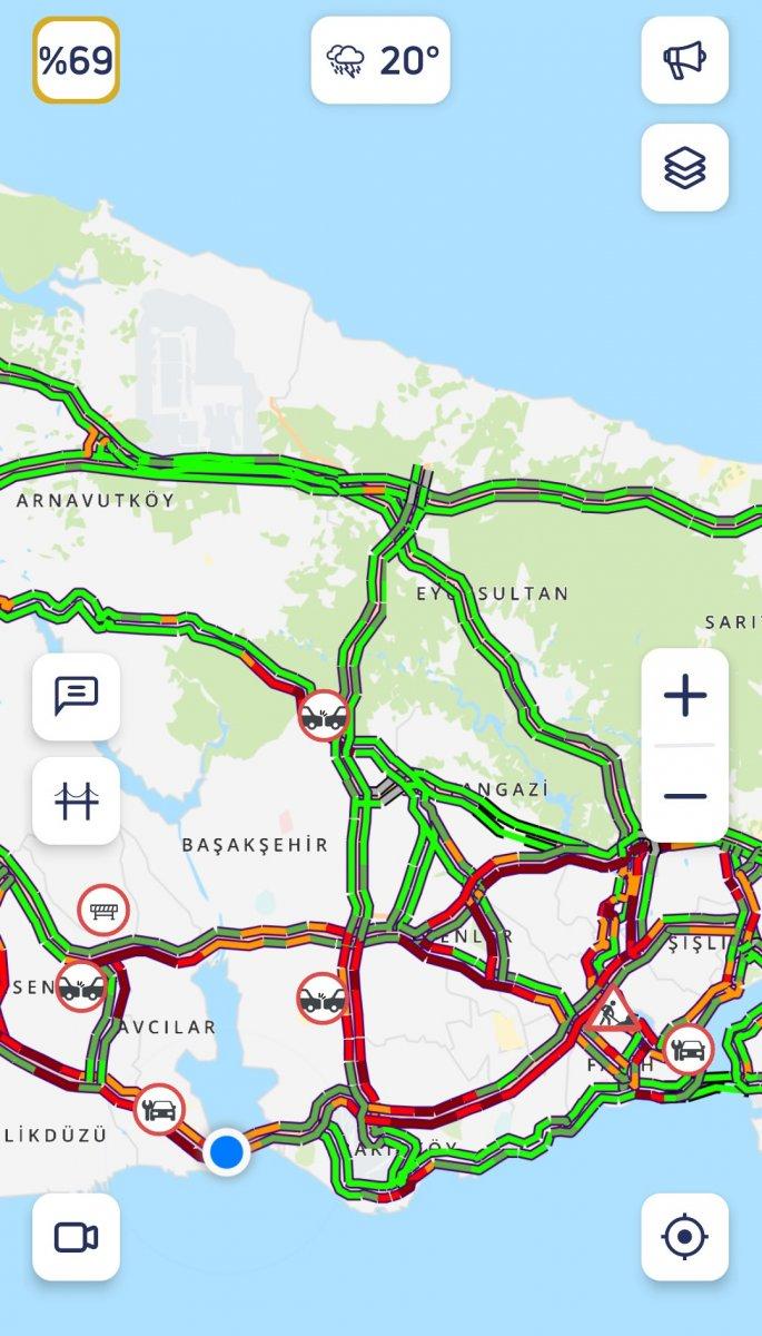 İstanbul da trafik, durma noktasına geldi #3