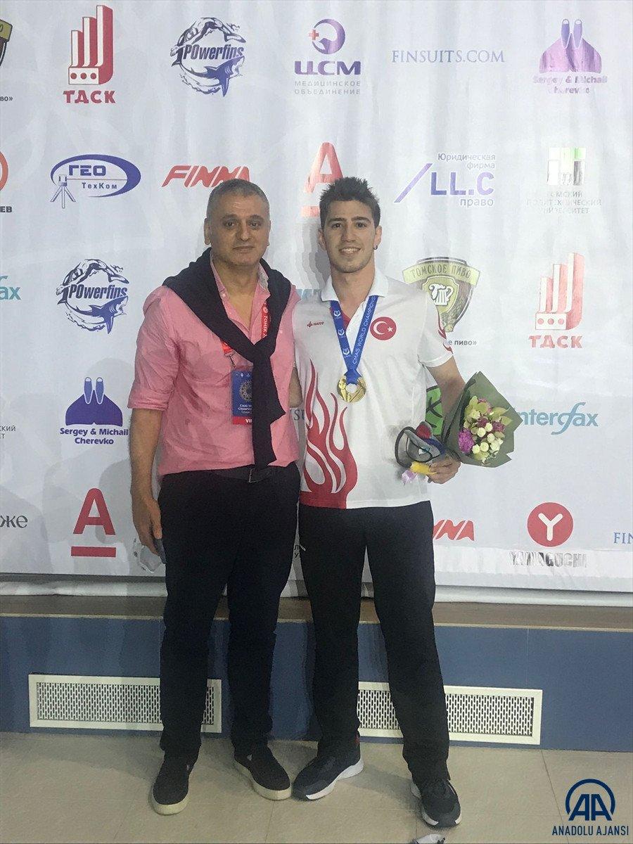 Milli yüzücü Derin Toparlak Rusya da Dünya Şampiyonu oldu #1