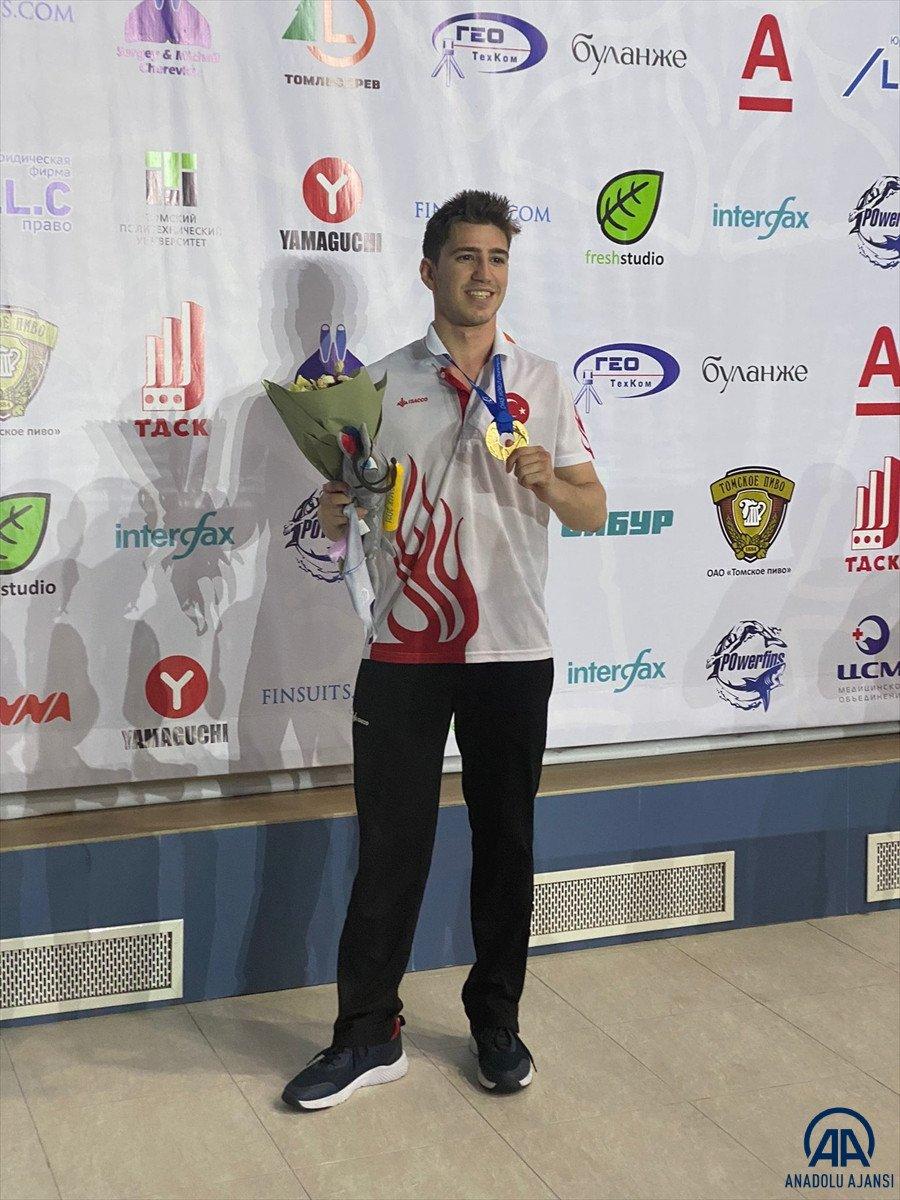 Milli yüzücü Derin Toparlak Rusya da Dünya Şampiyonu oldu #2