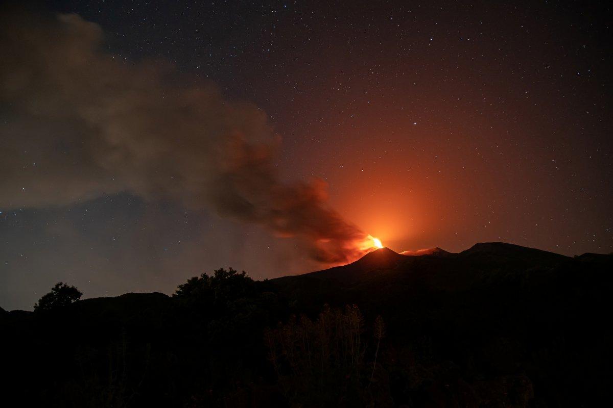 Etna Yanardağı yeniden aktifleşti #2