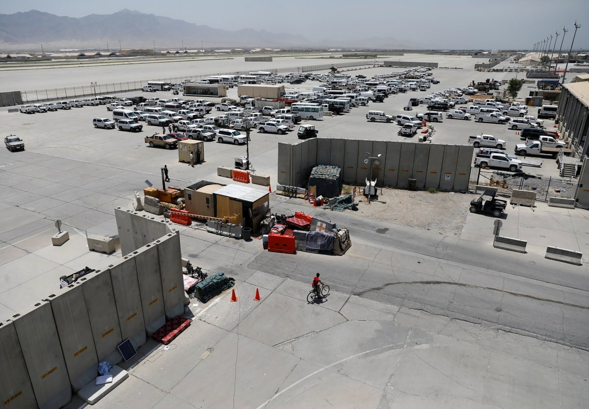 Afganistan da ABD nin ayrıldığı üs yağmalandı #4
