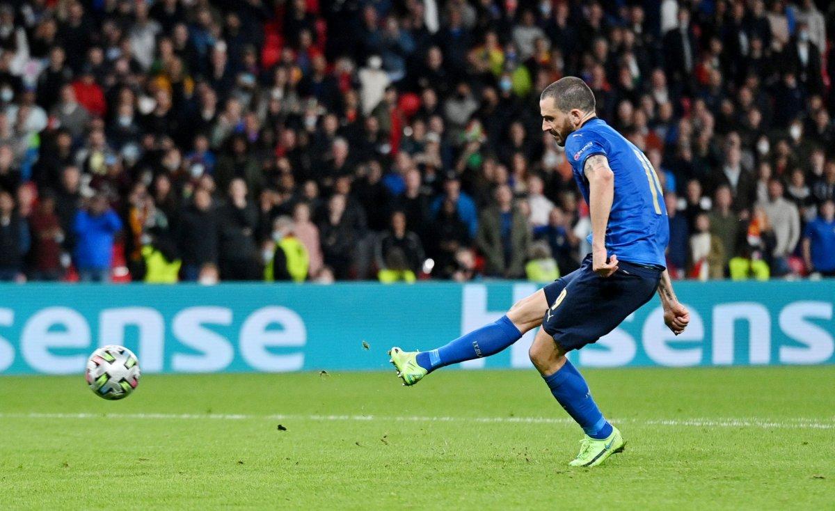 EURO 2020 de İspanya yı penaltılarda eleyen İtalya finalde #5