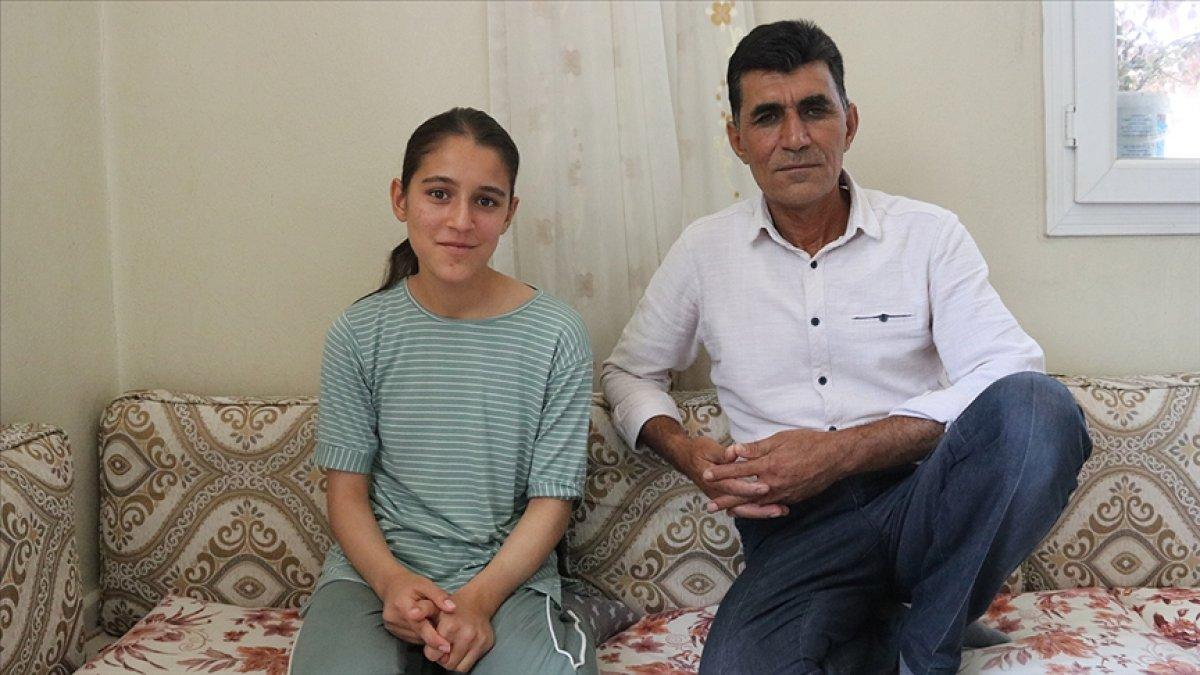 Merve Akpınar ın ailesi: Aileler kızlarına destek olsun #1