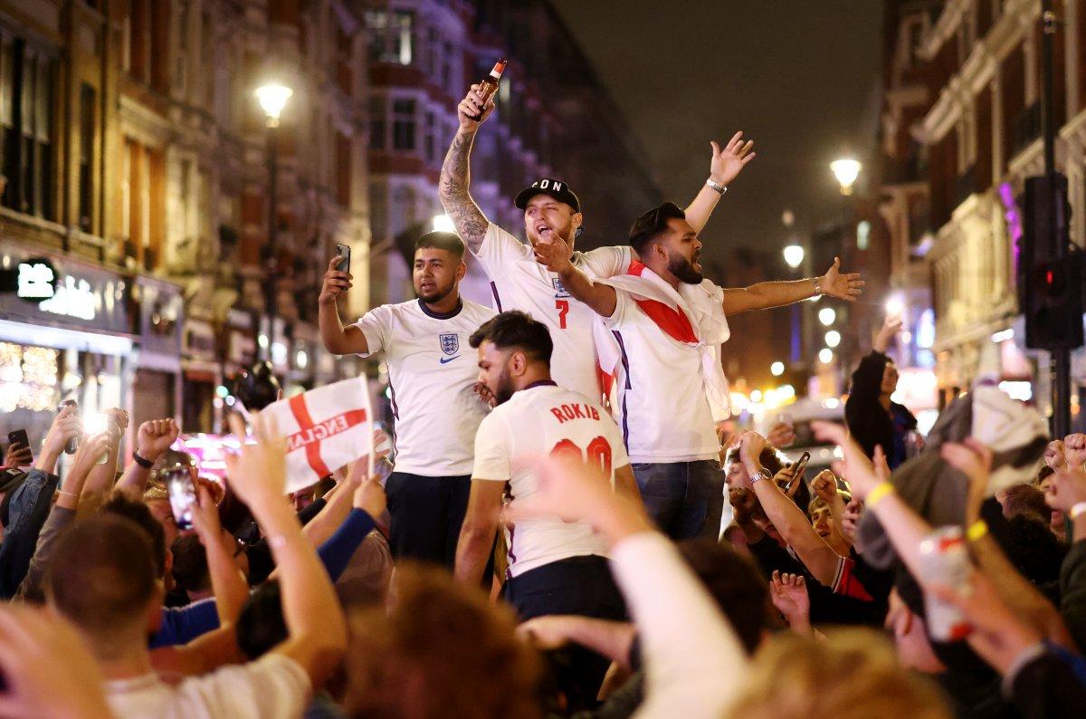 Euro 2020 de koronavirüs vakaları arttı #1