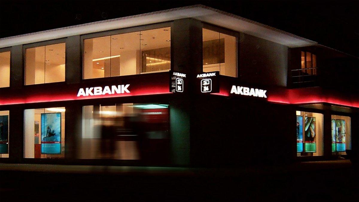 Milyonlar mağdur oldu! Akbank ta sistem arızası düzeldi mi, ne zaman düzelecek? İşte son durum... #1