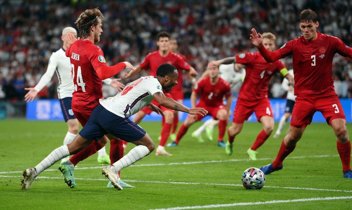 EURO 2020 de Danimarka yı uzatmalarda yenen İngiltere finalde #7