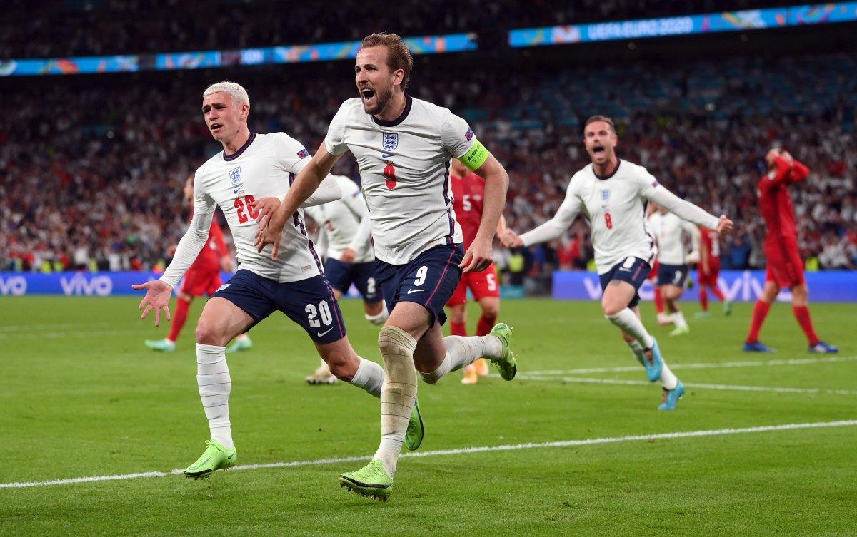 EURO 2020 de Danimarka yı uzatmalarda yenen İngiltere finalde #11