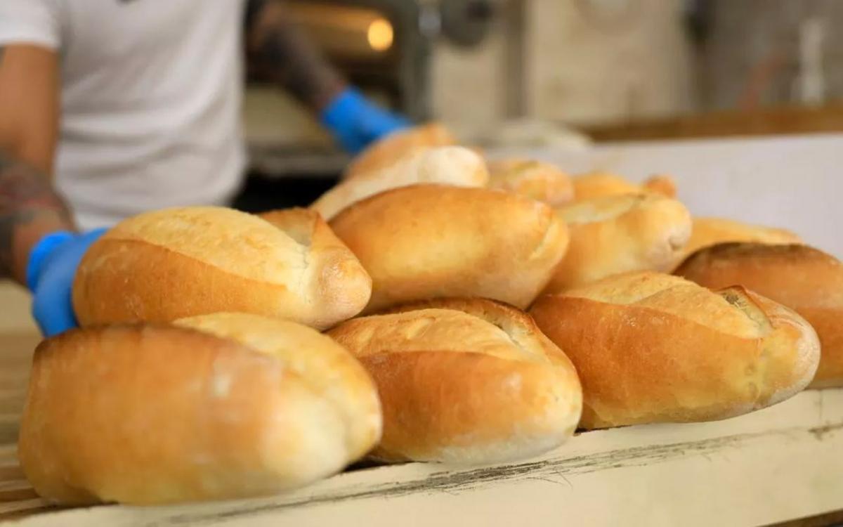 İstanbul da fırıncılar ekmeğe yüzde 25 zam için hazırlanıyor #1