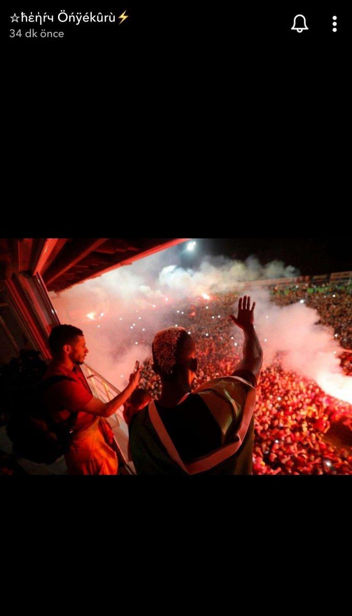 Onyekuru Galatasaray a veda etti #4