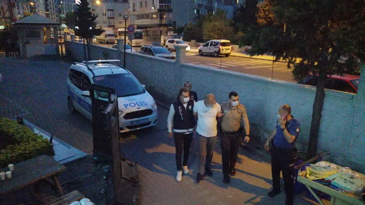 Tekirdağ da maskesiz hapşıran adama bıçaklı saldırı #3