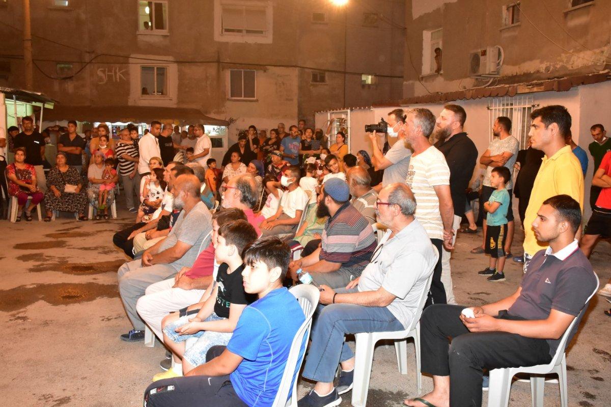 İzmir de Roman vatandaşlardan  uyuşturucuya hayır  toplantısı #1