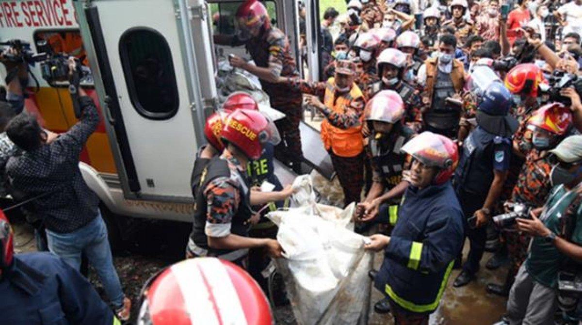 Bangladeş te gıda fabrikasında yangın: Çok sayıda ölü var #5