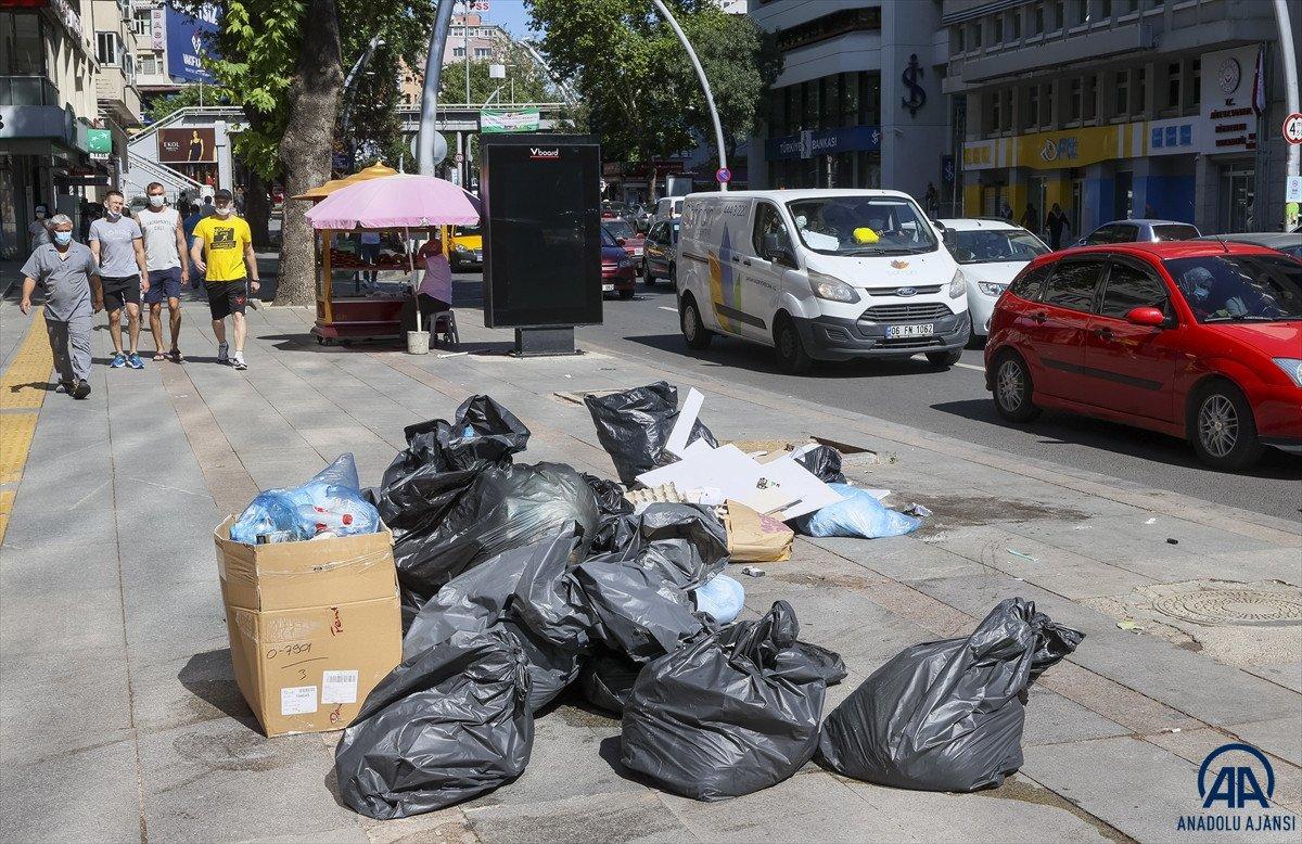 Ankara Çankaya da çöp krizi #1